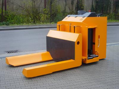 atypický elektrický paletový vozík na míru