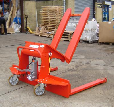 Vyklápěcí vozík na míru